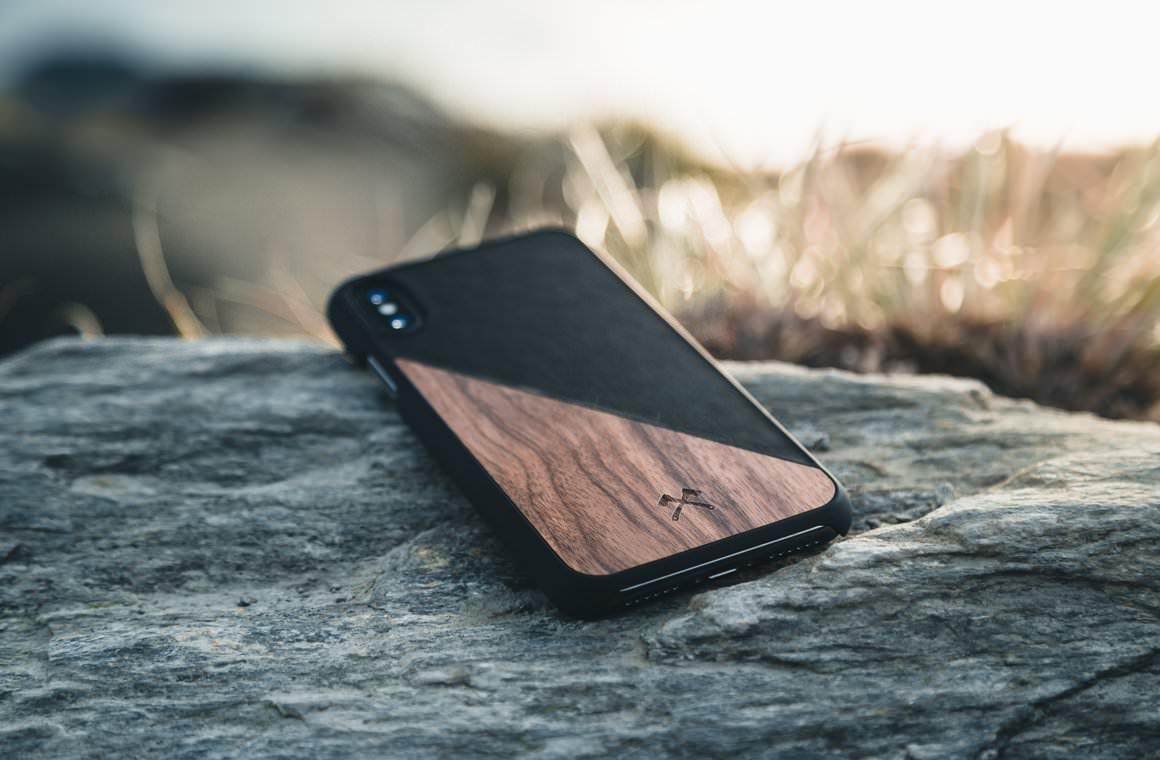 edle iphone h lle xr aus holz veganem leder woodcessories 34 90. Black Bedroom Furniture Sets. Home Design Ideas
