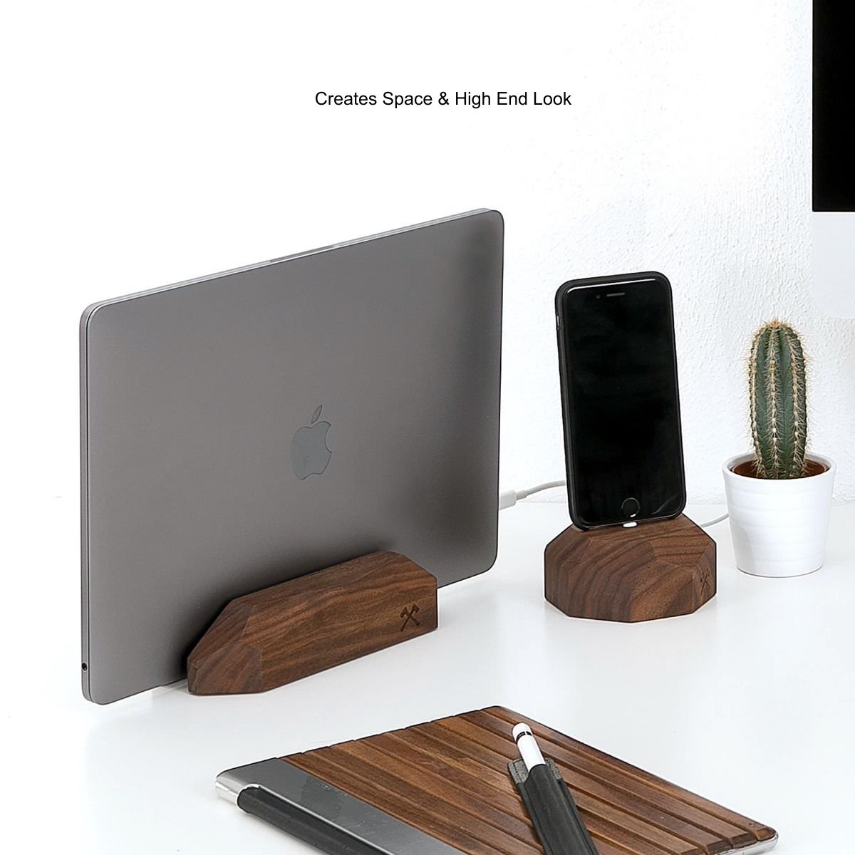 woodcessories macbook 12  Stylish MacBook rest with dock made of fsc wood | Woodcessories, 59,90 €
