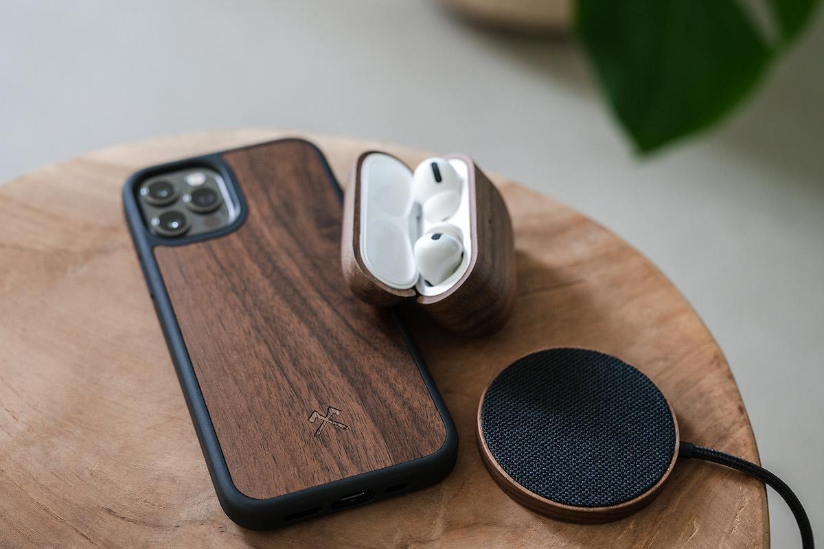 nachhaltiges Handy Zubehör aus Holz